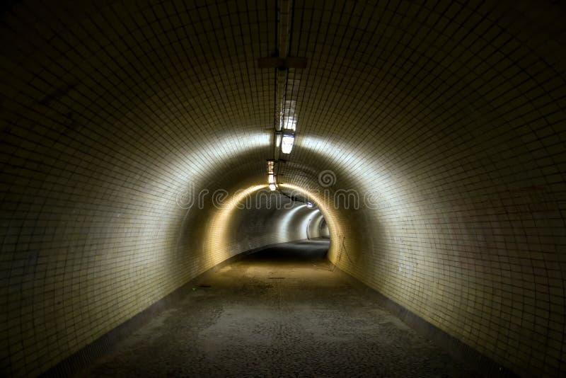 Túnel grande fotografía de archivo