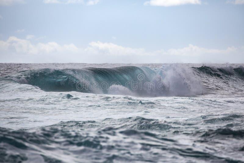 Túnel Hawaii de la onda imágenes de archivo libres de regalías