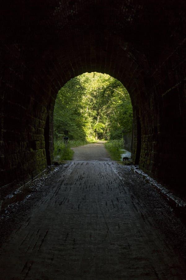 Túnel velho interno fotos de stock