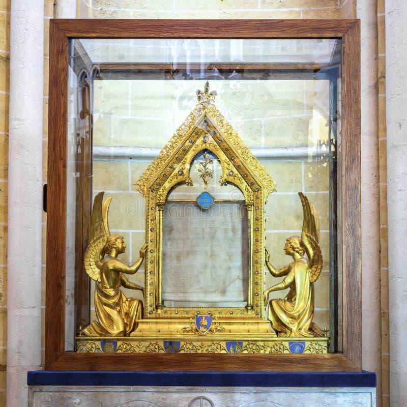 Túnica bendecida del ` s de la Virgen María imagen de archivo libre de regalías