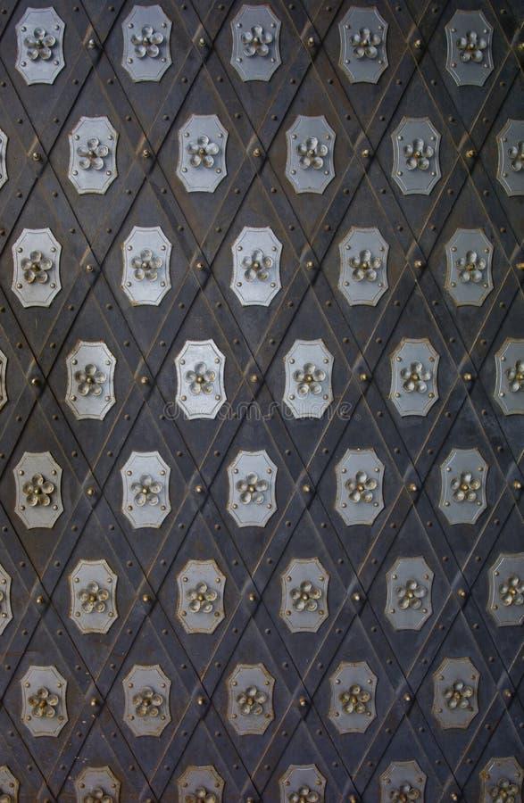 Tür auf Schloss stockfotos