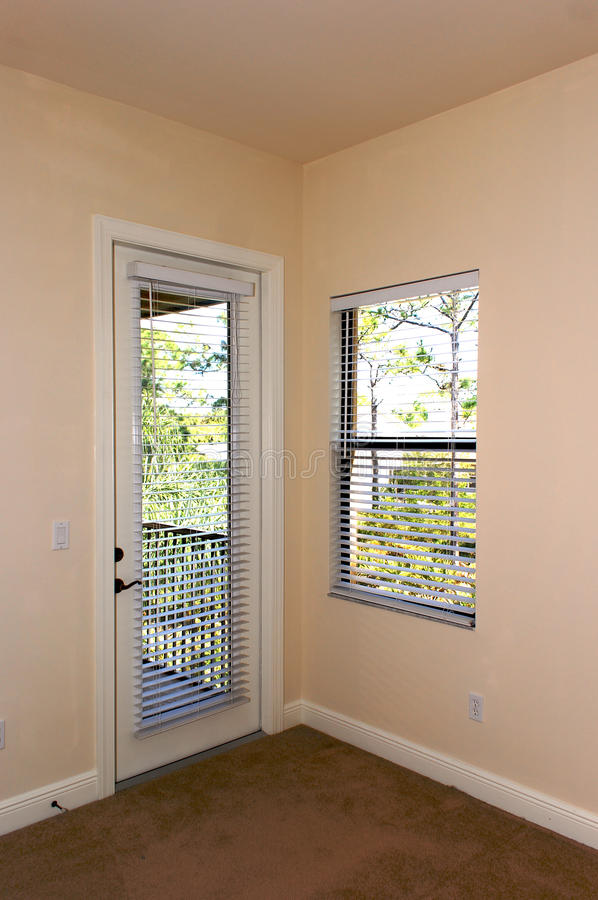 Tür und Fenster stockfotografie