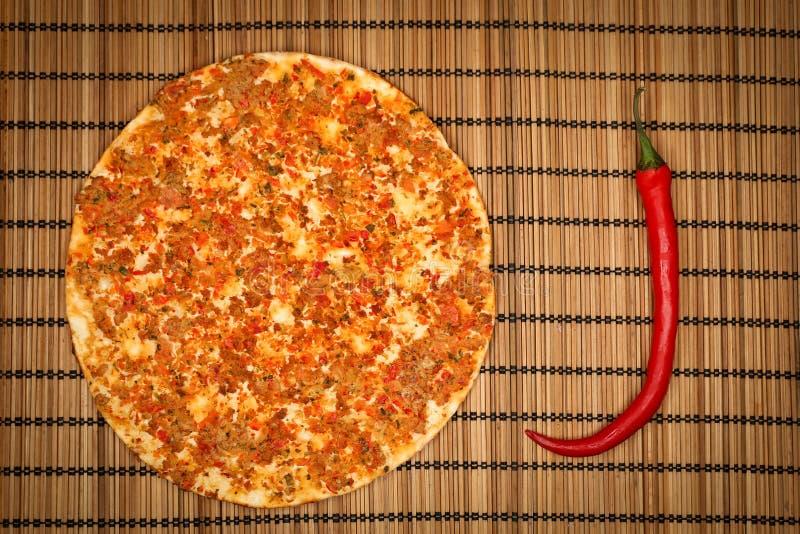 Türkische Nahrung Lahmacun stockfotografie