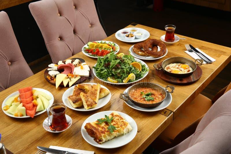 Perfect Download Türkischer Frühstückstisch Stockbild. Bild Von Gabel   96255571