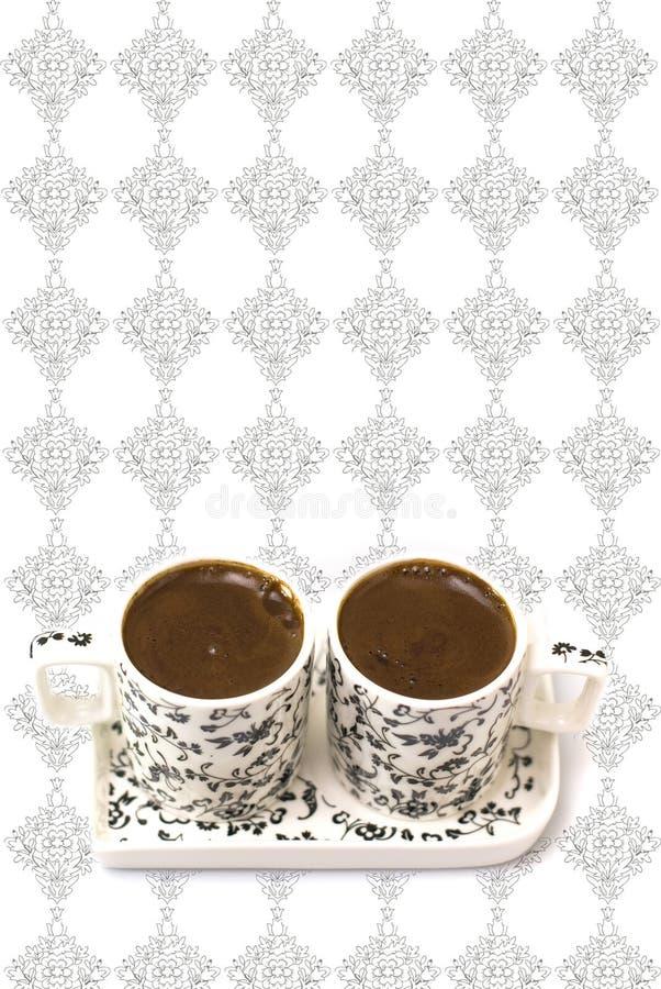 Download Türkischer Kaffee In Zwei Cup Auf Einem Weißen Hintergrund Stockfoto - Bild von voll, morgen: 26353508
