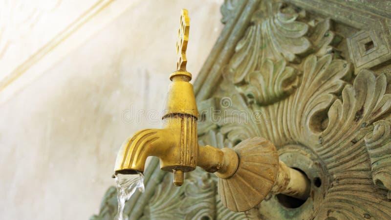 Türkischer Osmaneart-Wasserhahn stockbild