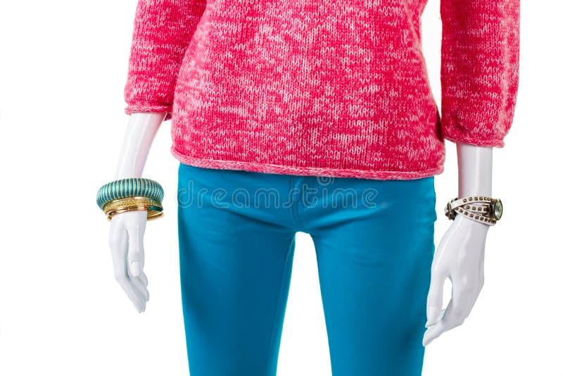 Türkishose mit rosa Pullover stockfoto