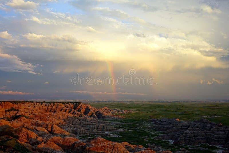 Tęcza, badlands park narodowy zdjęcia royalty free