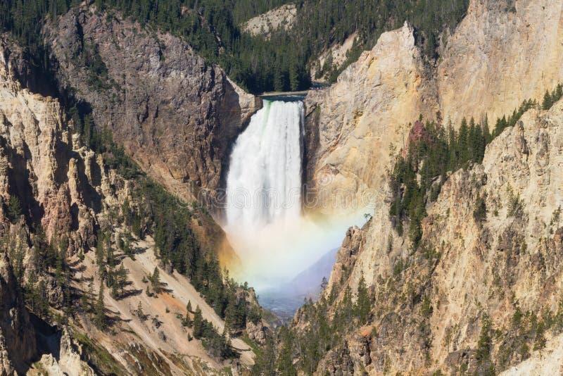 Tęcza przy Niskimi spadkami Yellowstone rzeka obrazy stock