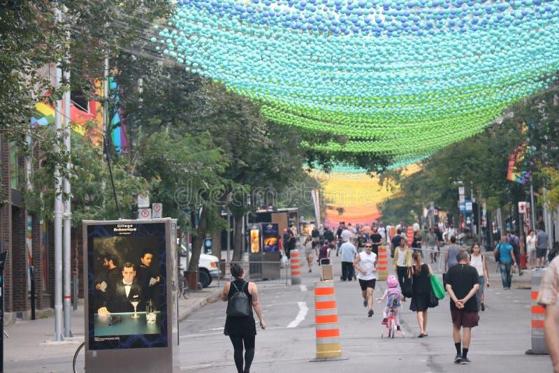 Tęczy ulica, wioska Montreal zdjęcie royalty free