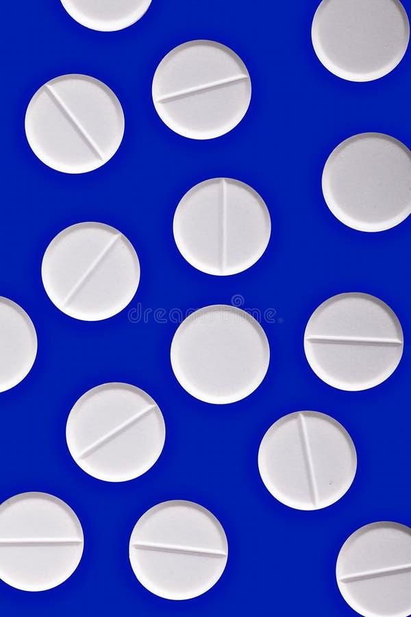tła błękitny lekarstwa medycyny pigułki biały obrazy royalty free