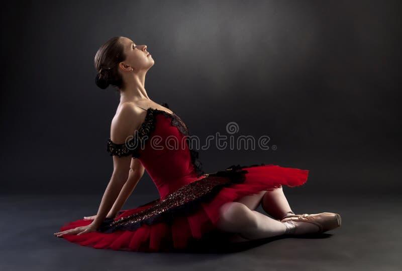 tła baleriny czerń nad obsiadaniem obrazy stock