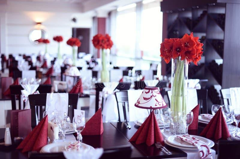 tła boutonniere karty wystroju dekoraci zaproszenia perły róże target2134_1_ biel zdjęcie royalty free