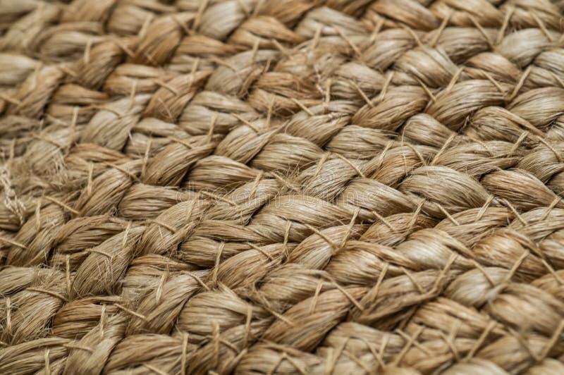 Tła crisscross z słomianymi podstawami, torba z słomą, handmade, rzemiosło Tekstura malujący słomiany torby zakończenie up w kont obrazy stock