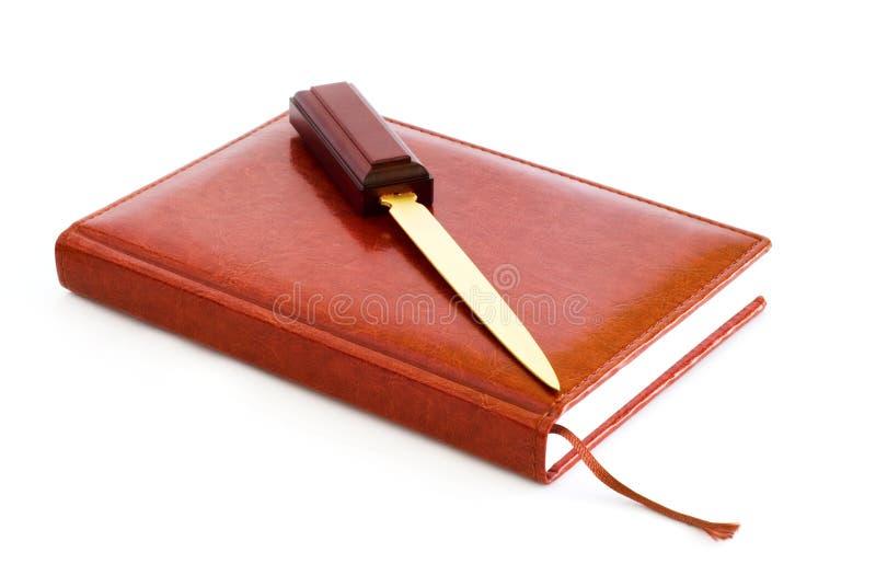 Download Tła Dzienniczka Nożowy Skóry Materiały Biel Obraz Stock - Obraz złożonej z koperta, pokrywa: 13326585