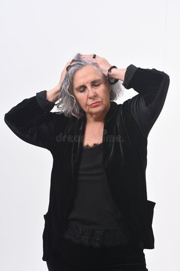 tła migreny biała kobieta zdjęcia stock