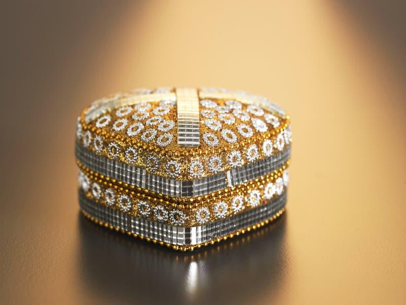 tła pudełko odizolowywający biżuteryjny biel zdjęcia stock
