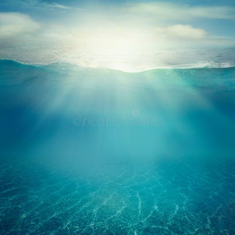 tła underwater