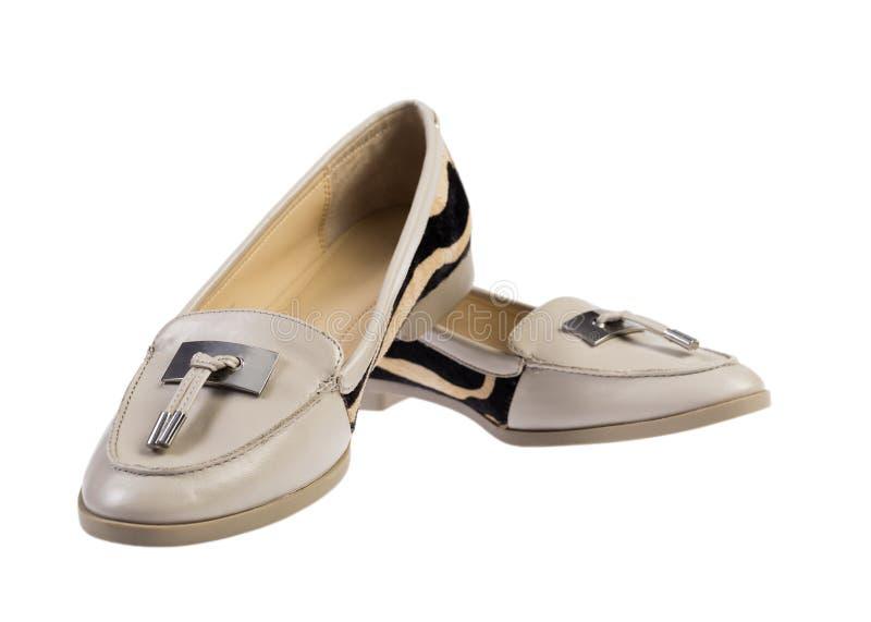 tła zbliżenia różna cieków pięt wysokość odizolowywał nóg czerwieni butów sneakers sporty białej kobiety dwa target977_0_ kobiety obraz royalty free