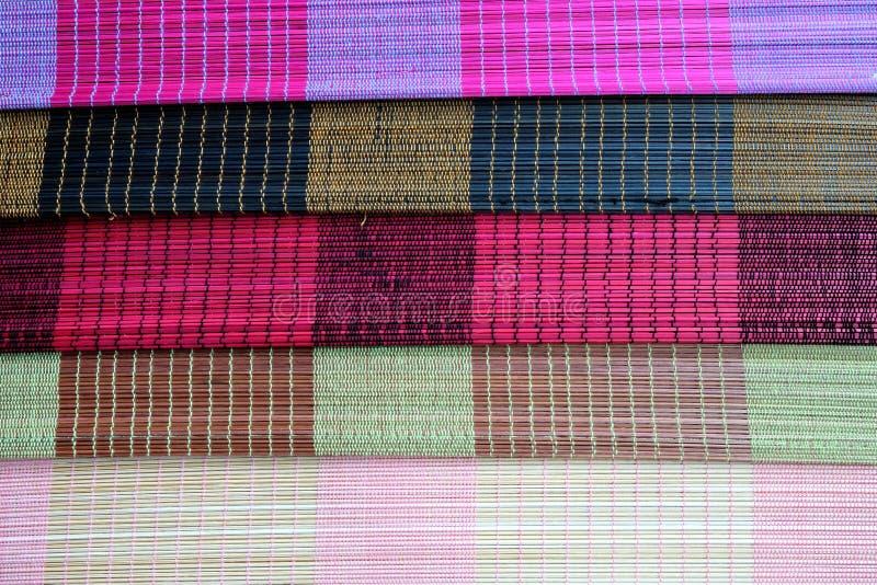Tło bambus maty talerz, Kolorowy wzór, Bambusowa tekstura, Pusta przestrzeń bambus mata fotografia stock