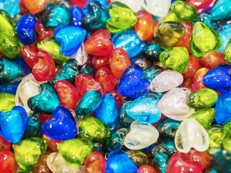Tło barwiący szklani serca zdjęcie royalty free