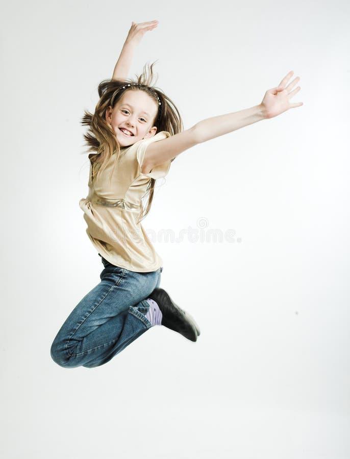 tło dziewczyna skacze biel zdjęcia royalty free