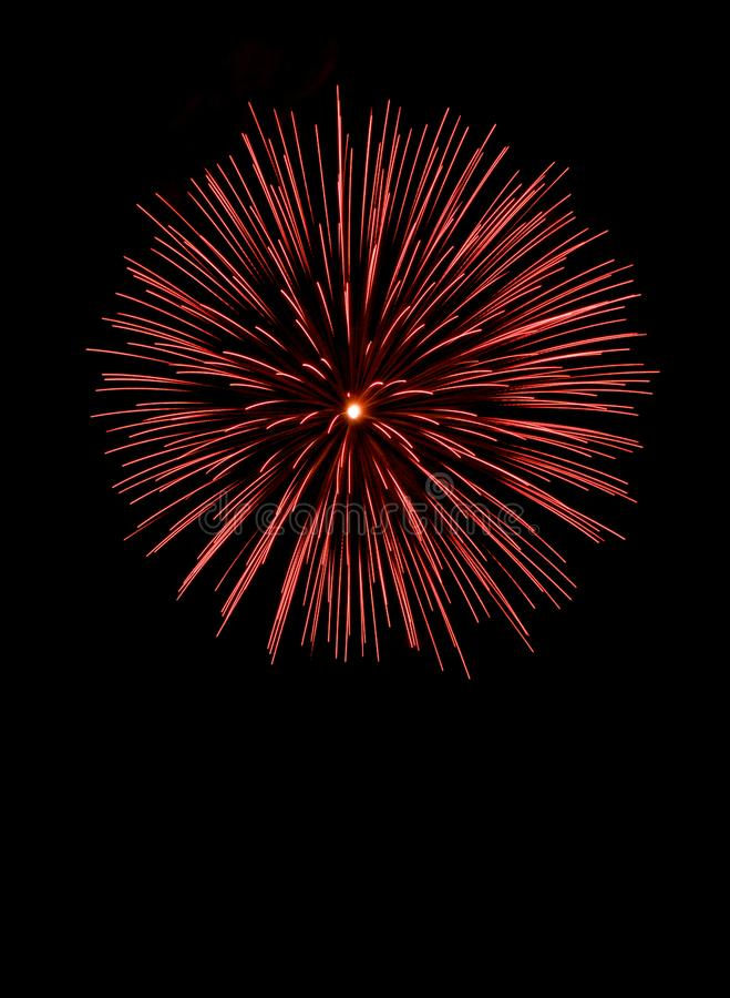 tło karty fajerwerki kolory pomarańczowej czerwonym żółty Czerwoni fajerwerki, wakacje tło, nowy rok fotografia royalty free