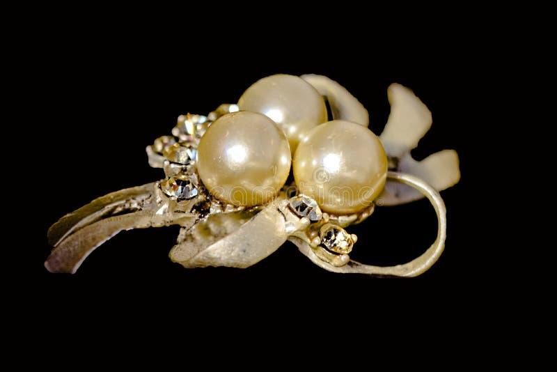 tło koraliki barwili kostium odizolowywającego biżuterii wielo- biel fotografia stock