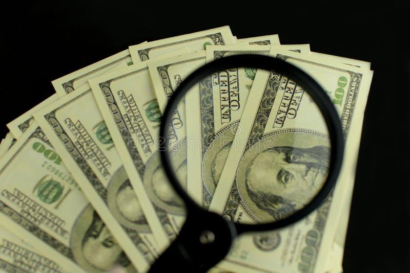 Tło mnóstwo pieniędzy banknoty 100 dolarów fotografia royalty free