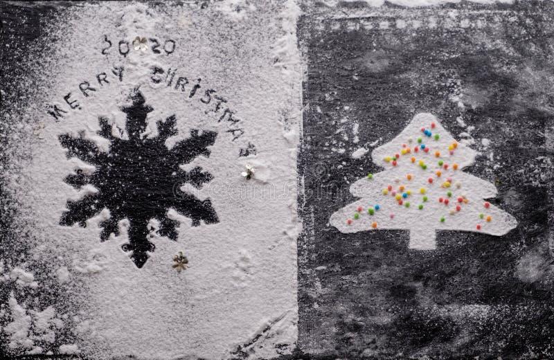 Tło nowego roku 2020 Sylwetka płatka śniegu na czarnym tle obrazy royalty free