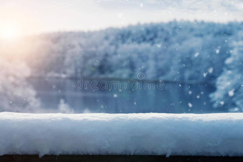 tło płatków śniegu biały niebieska zima fotografia royalty free