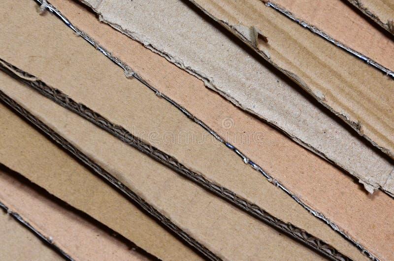 Tło papierowe tekstury wypiętrzał gotowego przetwarzać Paczka stary biurowy karton dla przetwarzać jałowy papier Stos wastepa obrazy stock