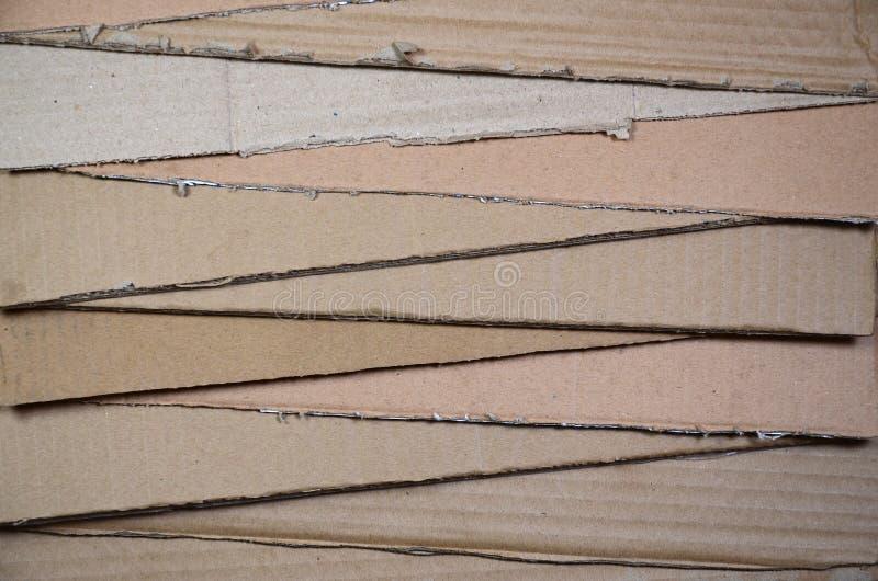 Tło papierowe tekstury wypiętrzał gotowego przetwarzać Paczka stary biurowy karton dla przetwarzać jałowy papier Stos wastepa fotografia stock