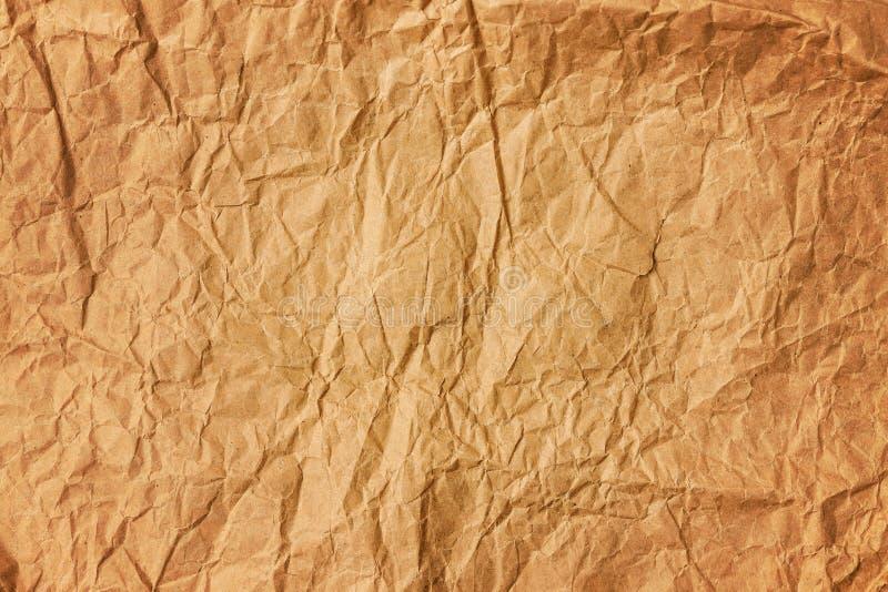 Tło stary zmięty barwiony pergaminowy papier fotografia stock