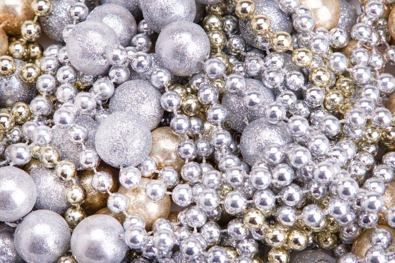 Tło złota i srebra koraliki Złoty srebny koralika zakończenie zdjęcia royalty free