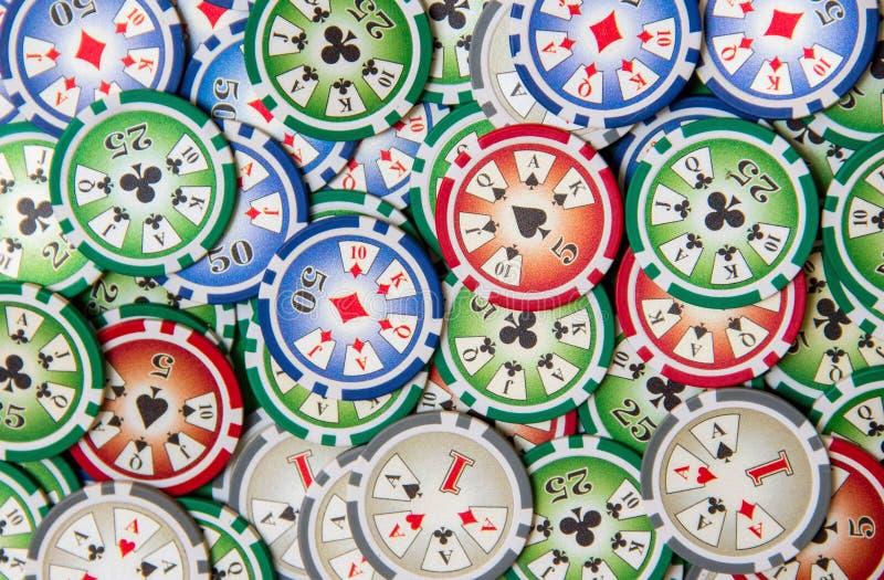 Tło z uprawiać hazard grzebaków układów scalonych stertę zdjęcie stock