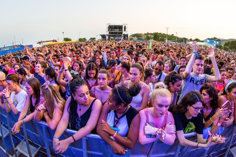 Tłum w koncercie przy kłamstewko festiwalem obraz stock