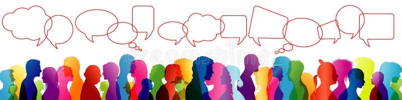 Tłumu opowiadać Mowa między ludźmi Komunikować Grupa ludzi barwiąca profilowa sylwetka bąbla graficznej osoby mowy target14_0_ we ilustracji