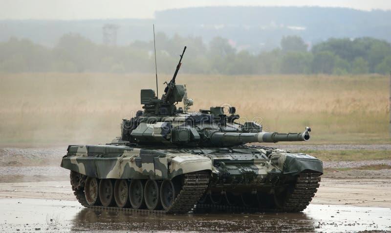 T-90 es tanque de batalla principal ruso fotos de archivo