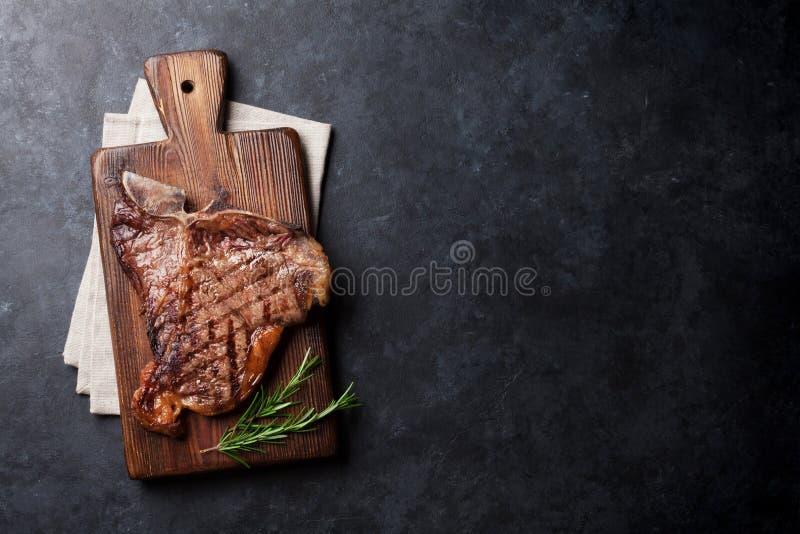 T-bone μπριζόλα στοκ φωτογραφία με δικαίωμα ελεύθερης χρήσης