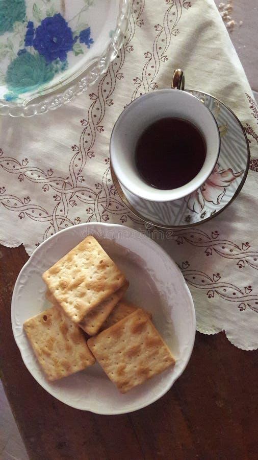 T? con i biscotti eatables Prodotto del paese fotografia stock