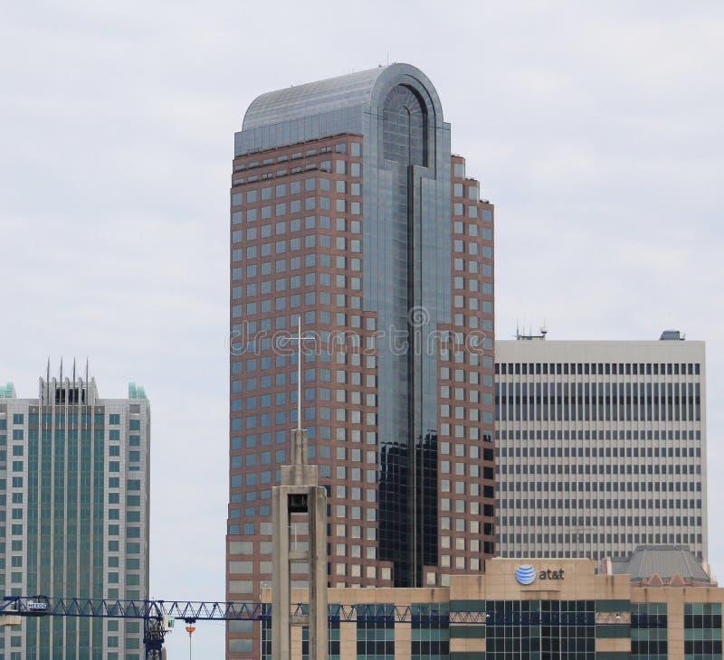 &T de Charlotte NC Wells Fargo Bank /AT foto de stock