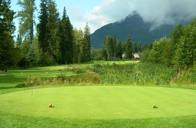 T do campo de golfe fora da caixa fotos de stock royalty free