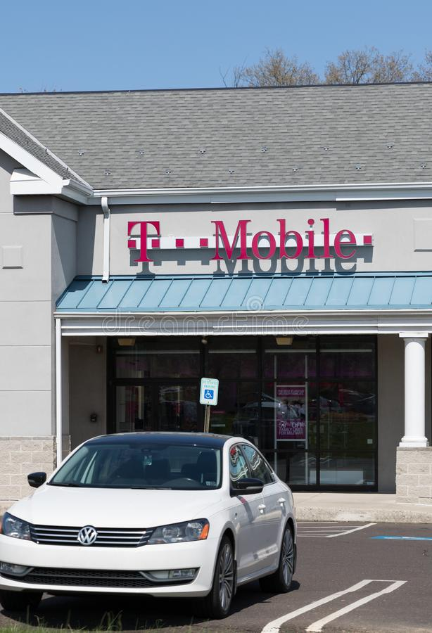 T-Mobile Retail Wireless Store royalty free stock images