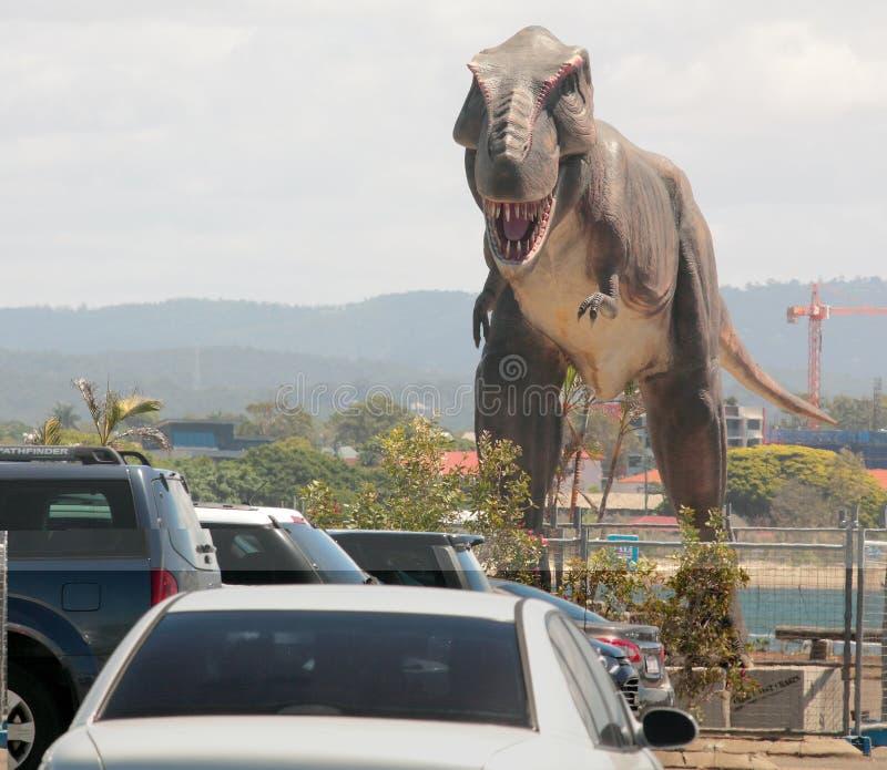 T-Rex в городе стоковая фотография rf