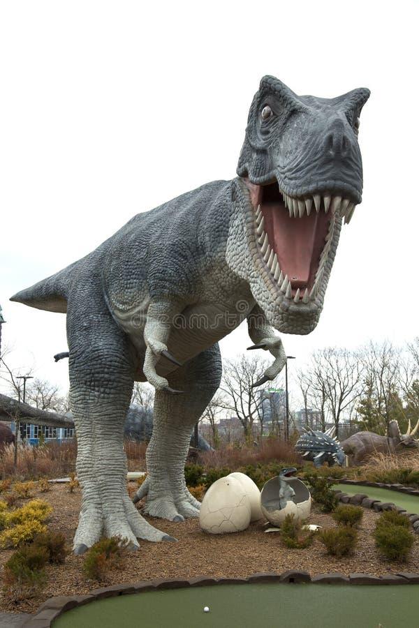 T-Rex con il bambino in uova immagine stock libera da diritti