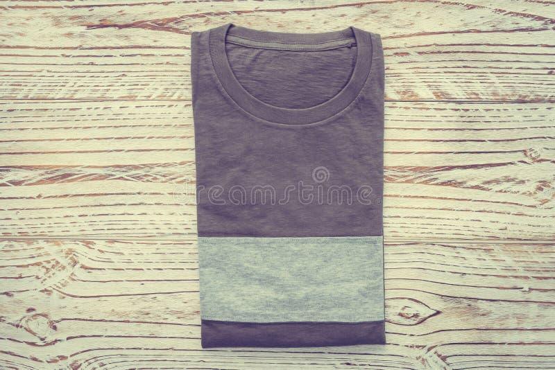 Download T-shirt photo stock. Image du tissu, noir, conception - 87705702