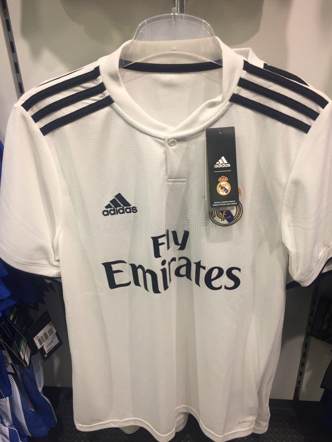 T-shirt d'équipe de football de Real Madrid photo libre de droits