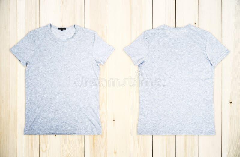 T-shirt gris vide photographie stock