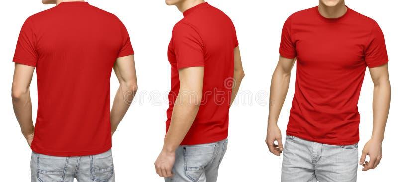 T-skjortan, framdelen och baksida för manlig blanko beskådar den röda, isolerad vit bakgrund Planlägg den mantshirtmallen och mod royaltyfri fotografi